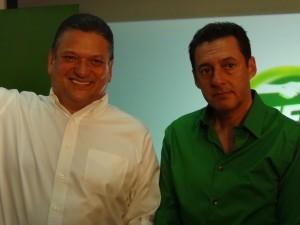 Johnny Araya con Antonio Álvarez Desanti.