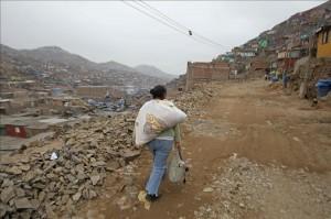 El crecimiento urbano desordenado conducirá a la pobreza y la contaminación, según el BM. EFE