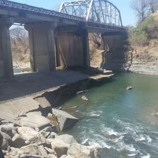 Puente Barranca debe ser reconstruido. CRH