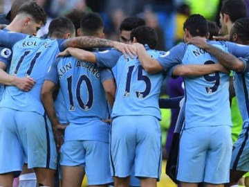 Manchester City extended their win-less run to five games with a 1-1 home draw against Southampton