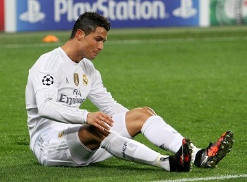 Top 10 highest earning, paid footballers in the world