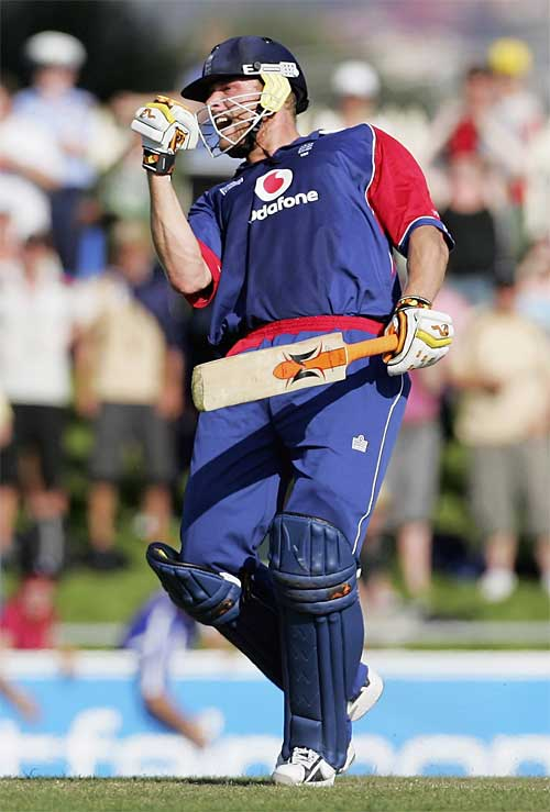Andrew Flintoff celebrates England's first win of 2007, England v New Zealand, CB Series, 3rd match, Hobart, January 16, 2007