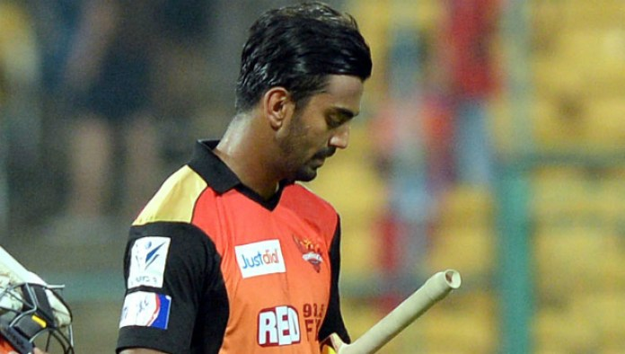 KL Rahul dismissed by Angelo Mathews in IPL 2015 match between SRH and DD - Cricket Country