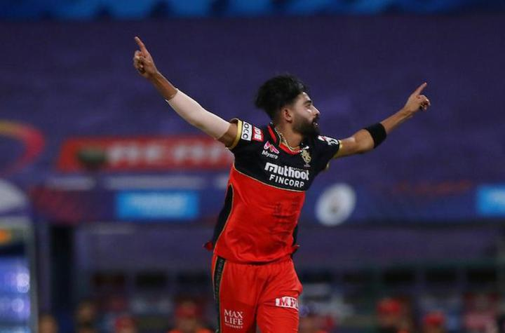 First bowler to bowl two maiden overs in the IPL History