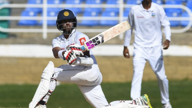 Kusal Mendis of Sri Lanka hits 4