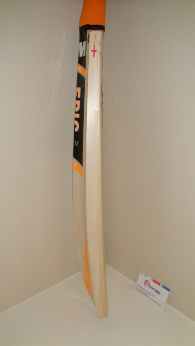 gunn and moore epic cricket bat side edge view