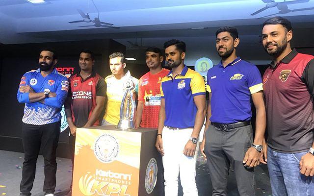 Karnataka Premier League KPL captains with the trophy