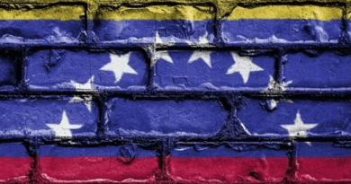 Es la criptomoneda el combustible para la guerra civil en Venezuela
