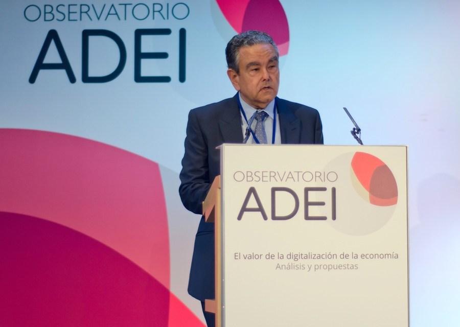 Innovación primero, regulación después: opina ex director del Instituto de Economía Internacional