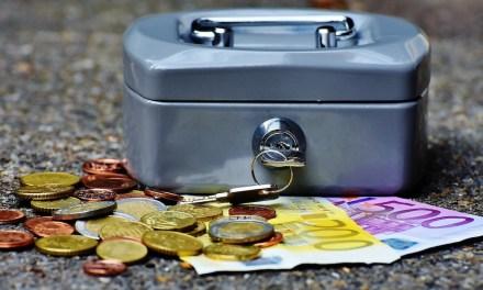 España evangeliza sobre Bitcoin en medio de la limitación de pagos en efectivo