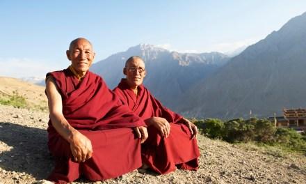 Monjes budistas son el objetivo de una posible estafa piramidal con bitcoins