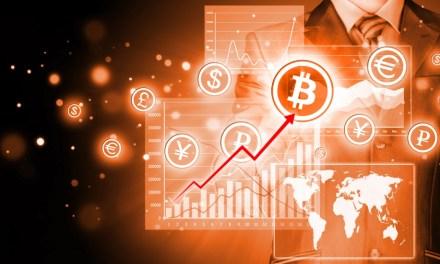 Bitcoin se posiciona alrededor de $2.400 tras reanudación de retiros en China
