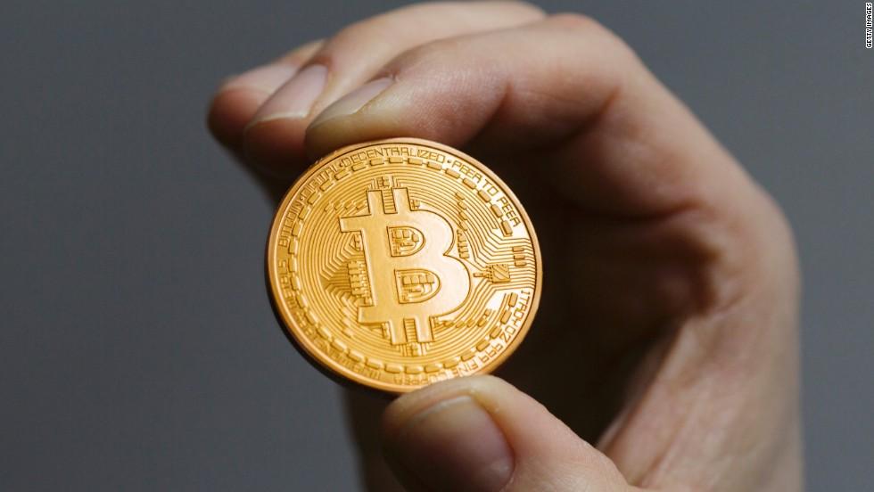 Bitcoin se acerca a los $4.500 con apoyo del mundo financiero