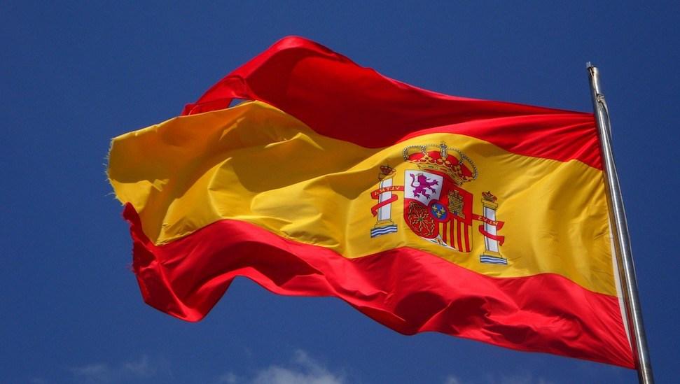 Entre la espada y la pared: El dilema de la regulación Bitcoin en España