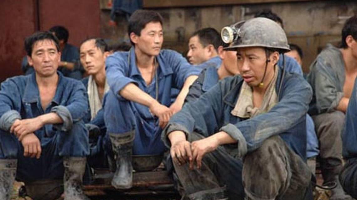 Mineros chinos temen que medidas gubernamentales afecten su trabajo