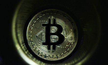 Bitcoin sobrepasa los $7.000 aumentando su dominio en el criptomercado