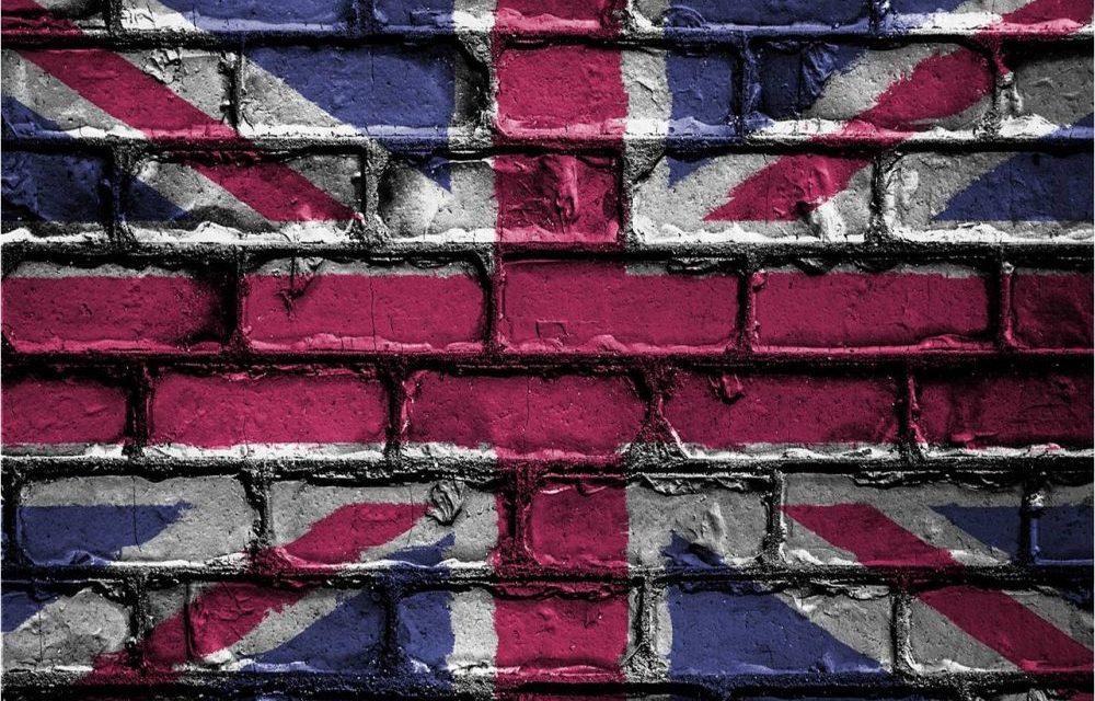 Mercado de criptoactivos tambalea ante anuncio de regulación de la Tesorería británica