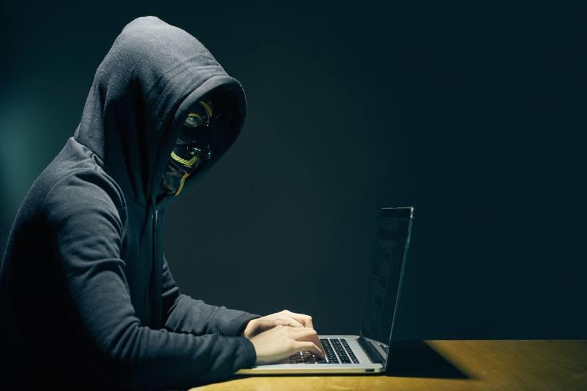 Criptocrimen se adapta a los cambios en el mercado de criptomonedas, según estudio de Chainalysis