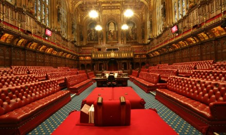 Parlamento de Reino Unido crea grupo pluripartidista para estudiar blockchain
