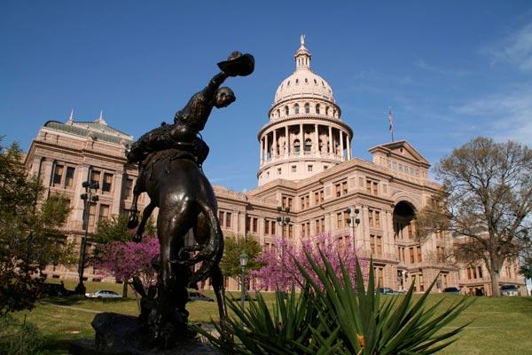 Texas emite fuertes restricciones a cuatro posibles esquemas fraudulentos con criptomonedas
