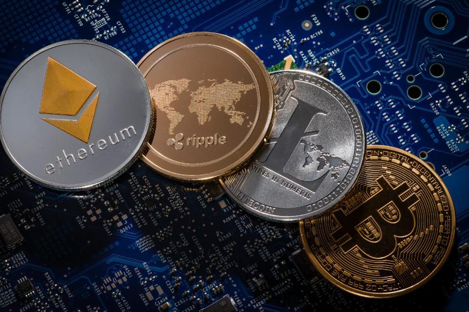 Mercado de criptomonedas cae tras anuncios regulatorios en países con mayor volumen de intercambios