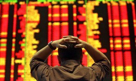 Precios en el mercado de criptomonedas caen a sus niveles más bajos en días