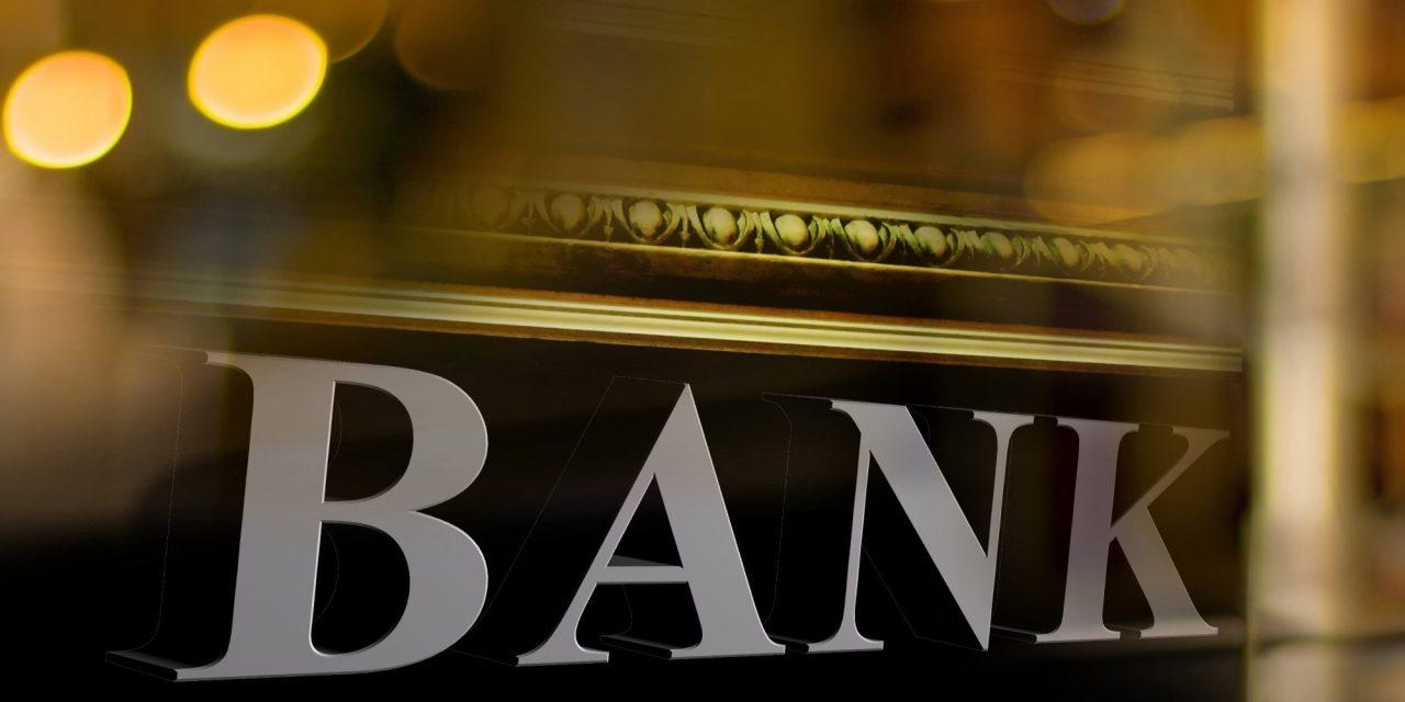 Tribunal de la India refuta decisión que prohíbe a bancos abrir cuentas a casas de cambio de criptomonedas