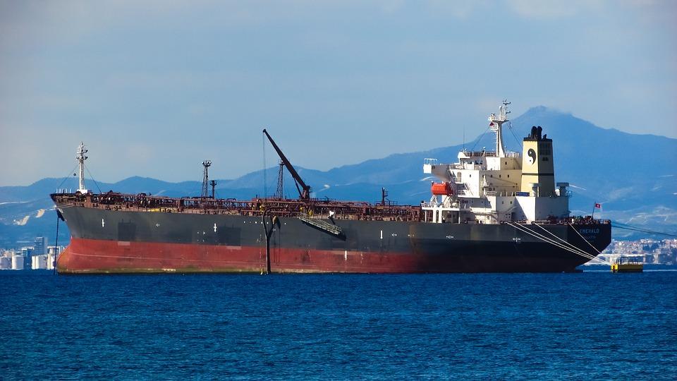 Petrolera estatal china Sinochem ejecuta primera exportación de gasolina utilizando blockchain