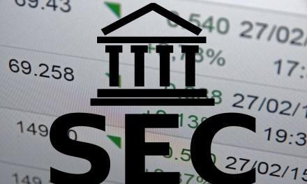 Presidente de la SEC respalda iniciativa que investiga a sospechosos de fraudes con criptomonedas