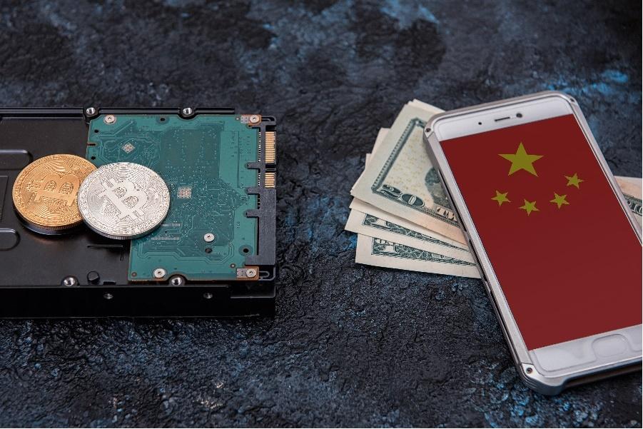China: Baidu, Tencent y Alibaba bloquean foros y transacciones móviles de criptomonedas