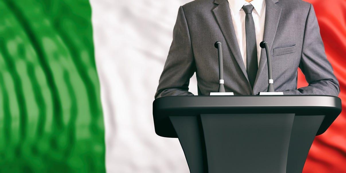 Alcalde de Nápoles propone la emisión de una criptomoneda local para fomentar la autonomía