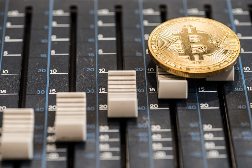 Eminem rapea sobre Bitcoin en su nuevo álbum Kamikaze