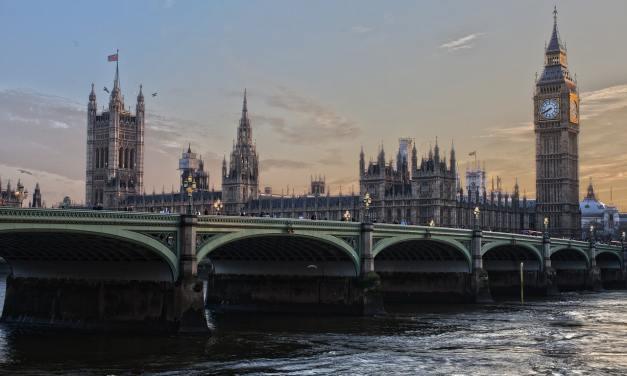 """Parlamento del Reino Unido pide regular el """"salvaje oeste"""" de las criptomonedas"""