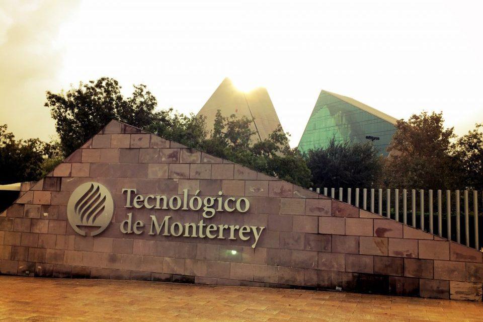 Tecnológico de Monterrey certifica sus diplomas en la blockchain de IBM
