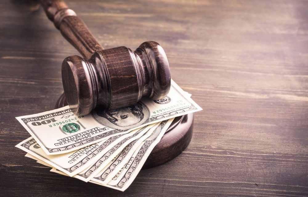 SEC impone multas a Mayweather y a DJ Khaled por promocionar una ICO