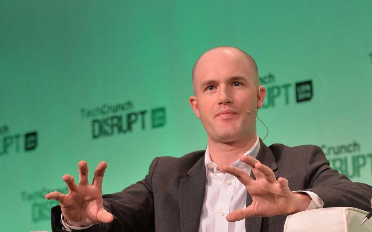 CEO de Coinbase lanza la plataforma de caridad GiveCrypto