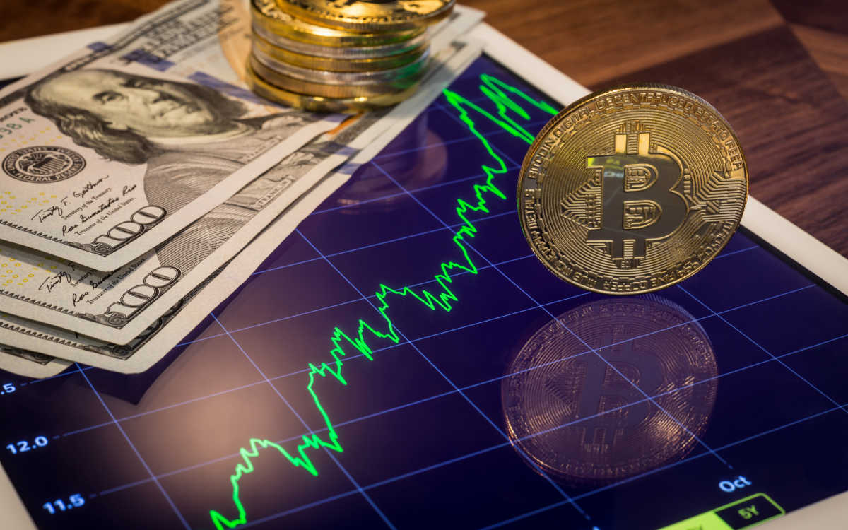 grayscale-bitcoins