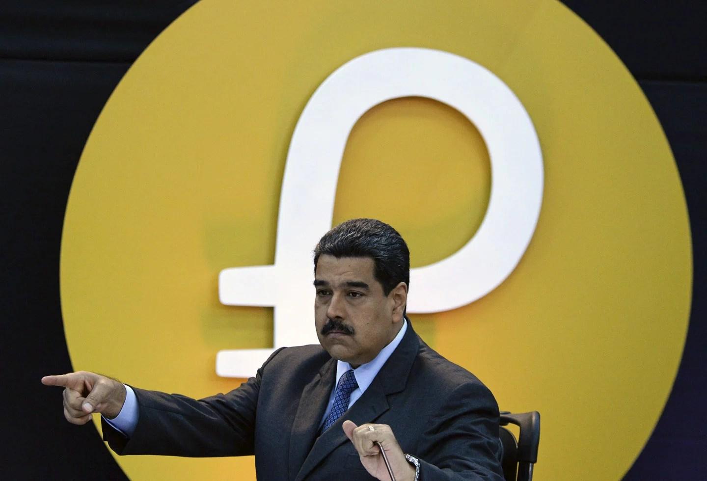 Maduro asegura que más de tres millones de personas ahorran en Petros y anuncia que podrán convertirlos en divisas
