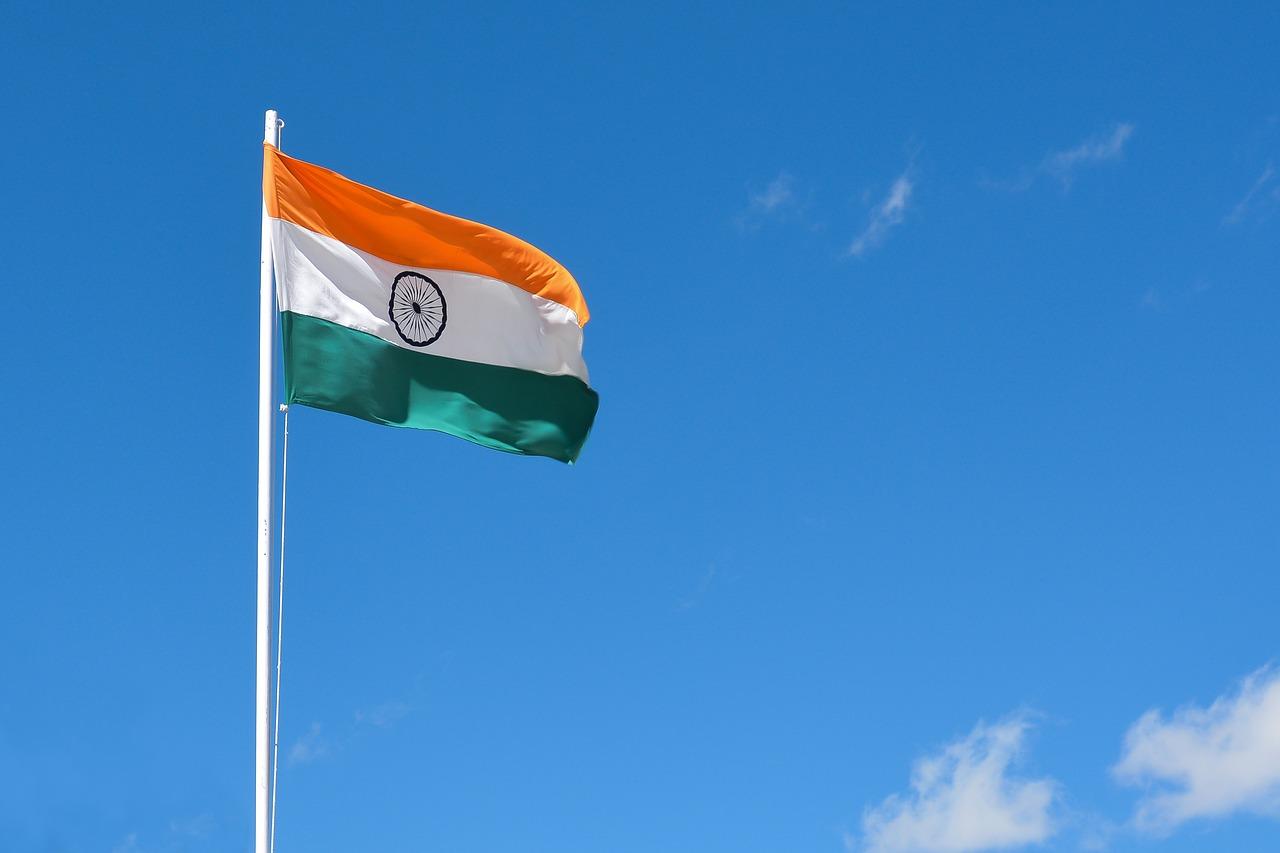 Ministro de Finanzas de la India remarca que la propuesta de prohibición es contra las criptomonedas y no la tecnología blockchain