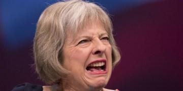 Brexit: Σόιμπλε-Χάμοντ άνοιξαν τη διαπραγματευση 30