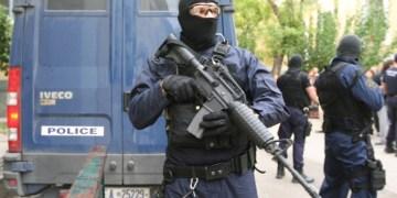 Τρομοκρατική επίθεση στο Χρηματιστήριο του Πακιστάν. Έξι νεκροί (upd) 24