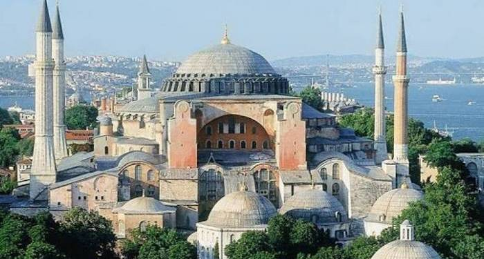Η UNESCO επανεξετάζει το status της Αγιάς Σοφιάς 22