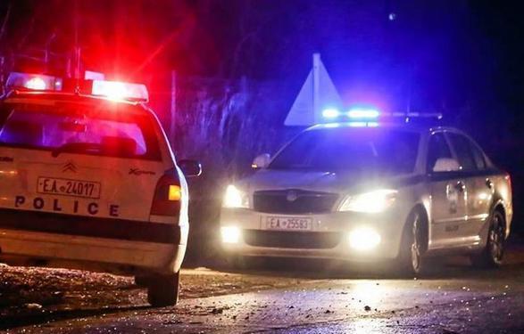 Συλλήψεις για κύκλωμα εκβιαστών με συμμετοχή αστυνομικών στον Πειραιά 22