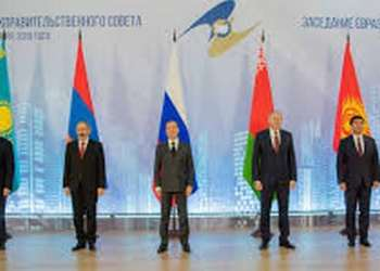Επιμένει στις κυρώσεις κατά Ρωσίας για την Κριμαία η ΕΕ 27