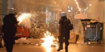 Μπροστά σε νέο φιάσκο η αστυνομία: Συλλήψεις εκτός τόπου και... χρόνου