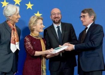 Οι νέοι πρόεδροι της ΕΕ ανέλαβαν καθήκοντα 29