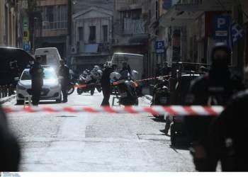 Πολλά όπλα, λίγα λεφτά βρήκε η αντιτρομοκρατική στους τρεις συλληφθέντες για τρομοκρατία 26