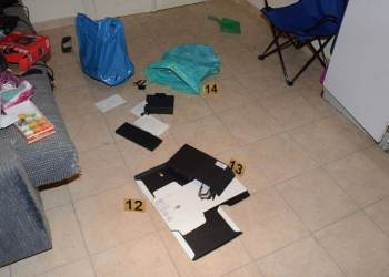 Πολλά όπλα, λίγα λεφτά βρήκε η αντιτρομοκρατική στους τρεις συλληφθέντες για τρομοκρατία 28