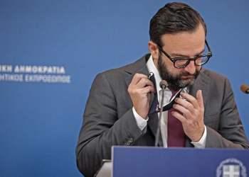 Να ερμηνεύσει τη λιτή επιστολή παραίτησής του με εκτενέστερη ανάρτησή του μέσω του Facebook επιχειρεί ο Χρήστος Ταραντίλης.