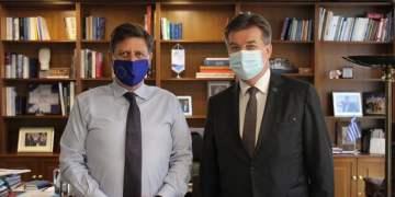 Ελληνική σφήνα στα Βαλκάνια: Συνάντηση Βαρβιτσιώτη - Lajčák